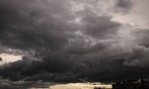 Άστατος ο καιρός την Κυριακή - Σε ποιες περιοχές θα βρέξει (χάρτες)