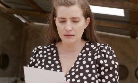 Άγριες Μέλισσες - Επόμενα επεισόδια: Η Ελένη μαθαίνει ποιος κρύβεται πίσω από τη δίωξη του Λάμπρου