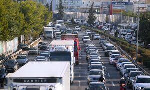 Κίνηση ΤΩΡΑ: Μποτιλιάρισμα... παντού στην Αττική - Ποιους δρόμους να αποφύγετε