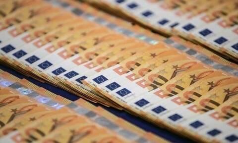 FT: Η ΕΚΤ μελετά τρόπους για να συνεχίσει τις αγορές ελληνικών ομολόγων και μετά την πανδημία