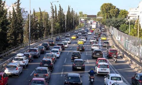 Κίνηση ΤΩΡΑ: Μποτιλιάρισμα σε όλη την Αθήνα - Ποιους δρόμους να αποφύγετε