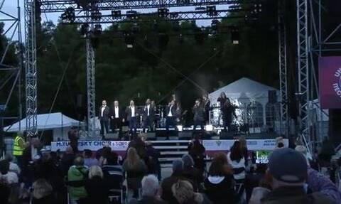 Καθήλωσαν το ελληνικό κοινό τα μουσικά σύνολα TURETSKY CHOIR & SOPRANO