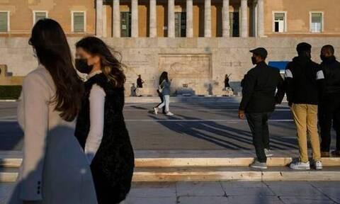 За последние сутки в Греции зафиксировано 3 164 новых случая COVID-19