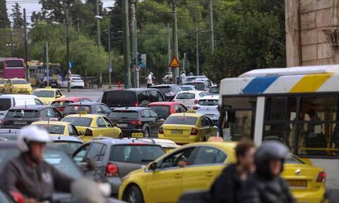 Κυκλοφοριακές ρυθμίσεις στην Αθήνα: Ποιοι δρόμοι θα είναι κλειστοί σήμερα για την Ολυμπιακή Φλόγα