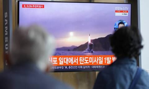 Η Βόρεια Κορέα ανακοίνωσε την εκτόξευση νέου βαλλιστικού πυραύλου από υποβρύχιο