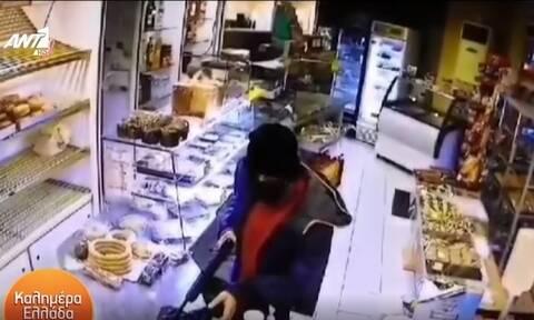Νέα Ιωνία: Ληστής «χτύπησε» δύο φορές το ίδιο κατάστημα μέσα σε ένα 24ωρο