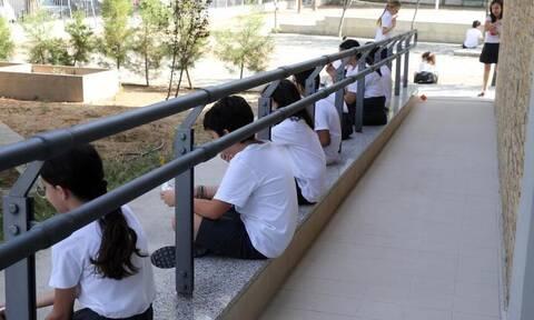 Ανησυχία στην Κύπρο: Κρούσματα κορονοϊού σε δύο Δημοτικά σχολεία (vid)