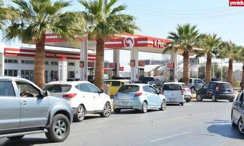 Κατεχόμενα: Σταματά η πώληση καυσίμων – Ουρές στα βενζινάδικα