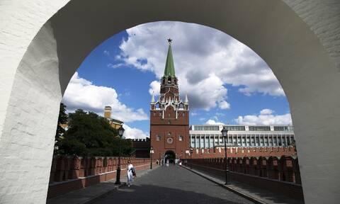 Ρωσία: Έξαρση κρουσμάτων κορονοϊού - Το Κρεμλίνο εξετάζει την επιβολή νέων μέτρων