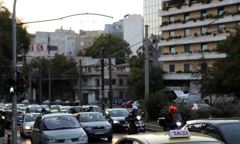 ΣΥΡΙΖΑ: «Ασυνεννοησία» υπουργών για διόδια και δακτύλιο