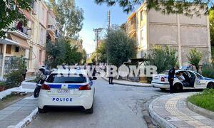 Άγριο έγκλημα στο Αιγάλεω: Δολοφονία γυναίκας μέσα στο σπίτι της - Αναζητείται ο γιος της