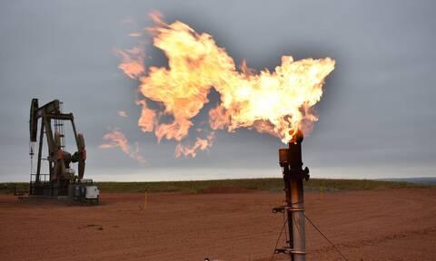 Αβεβαιότητα στη Wall Street - Πλησιάζει τα 86 δολάρια το πετρέλαιο