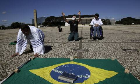 Κορονοϊός στη Βραζιλία: 373 θάνατοι σε 24 ώρες - Ο χαμηλότερος αριθμός από τον Απρίλιο του 2020
