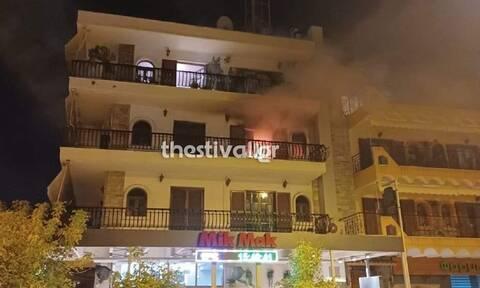 Φωτιά στη Θεσσαλονίκη: Στις φλόγες διαμέρισμα στις Συκιές