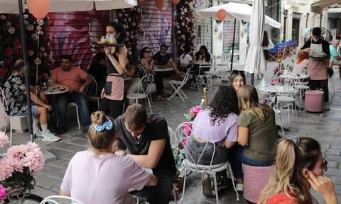 «Επανεκκίνηση Εστίασης»: Επιπλέον 3.412 μικρομεσαίες επιχειρήσεις εντάσσονται στην Δράση