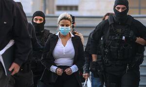Δίκη για βιτριόλι - Εισαγγελέας: Η Έφη Κακαράντζουλα επιτέθηκε στην Ιωάννα με «ανθρωποκτόνο εγωισμό»