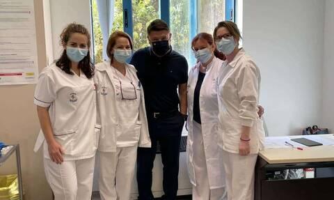 Κορονοϊός: Ο Νίκος Χαρδαλιάς έκανε την τρίτη δόση του εμβολίου