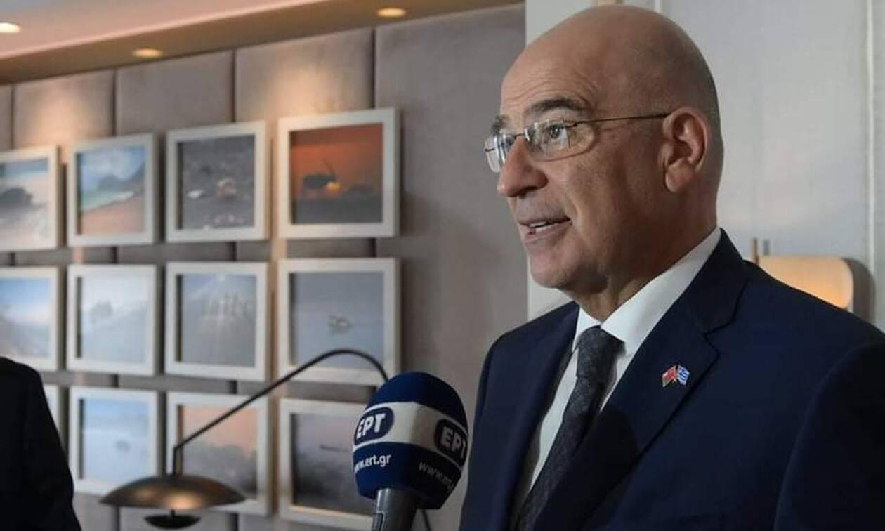 Δένδιας: Η Ελλάδα είναι παρούσα πάλι στη Λιβύη - Η φωτογραφία με την ελληνική σημαία