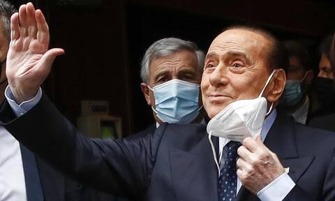 Ιταλία: Αθωώθηκε ο Σίλβιο Μπερλουσκόνι για την υπόθεση των πάρτι μπούνγκα - μπούνγκα