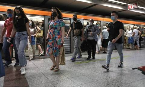 Το αδιαχώρητο στα MMM: Αντιδρούν οι πολίτες στην αύξηση της πληρότητας στα λεωφορεία