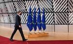 Οικονομία: Το σκληρό πόκερ στην Ευρώπη και οι συμμαχίες της Ελλάδας