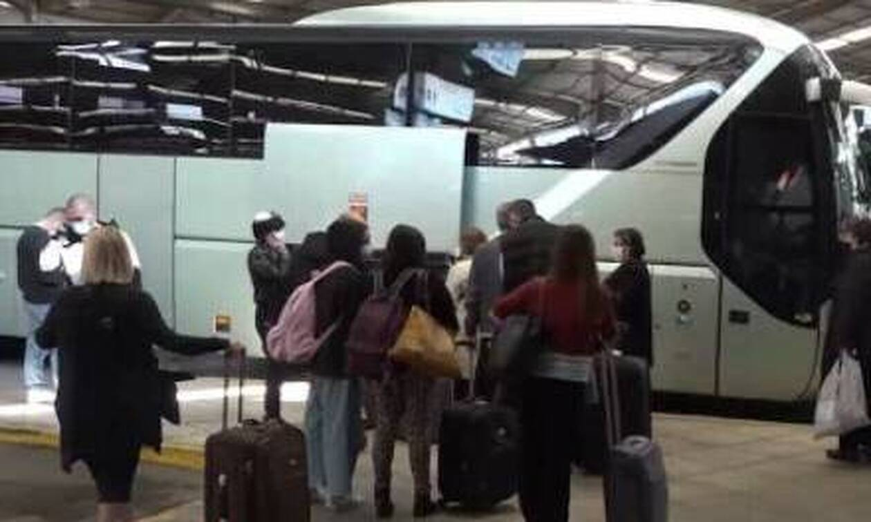 «Μπάχαλο» στα ΚΤΕΛ με ανεμβολίαστους επιβάτες - Εκτός ελέγχου η κατάσταση
