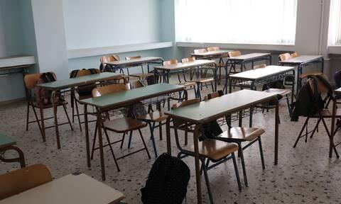Θεσσαλονίκη: Συναγερμός σε σχολείο – 45 κρούσματα σε μαθητές και καθηγητές