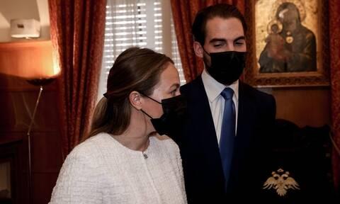 Γάμος Φίλιππου Γλύξμπουργκ με τη Νίνα Φλορ: Τελευταίες προετοιμασίες στη Μητρόπολη Αθηνών (pics)