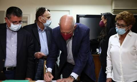 Γιώργος Παπανδρέου: Υπέγραψε για τον εαυτό του ως μέλος της ΚΠΕ αλλά... κόπηκε