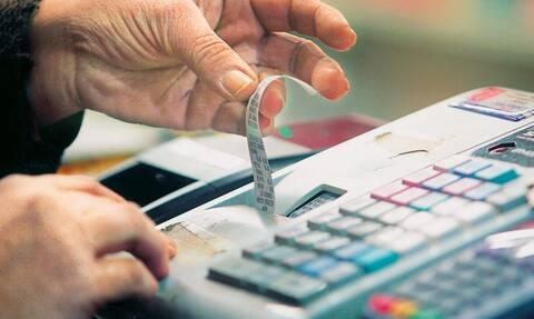 Συνενώσεις επιχειρήσεων για να περιοριστεί η φοροδιαφυγή στον ΦΠΑ