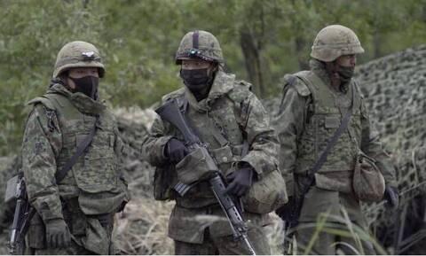 Ιαπωνία: Πρώτες στρατιωτικές ασκήσεις εδώ και δεκαετίες, καθώς αυξάνονται οι περιφερειακές εντάσεις
