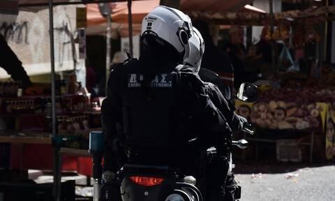 Ένταση με Ρομά στον Ασπρόπυργο - Πορεία και στα Εξάρχεια για τον νεαρό που σκότωσαν αστυνομικοί