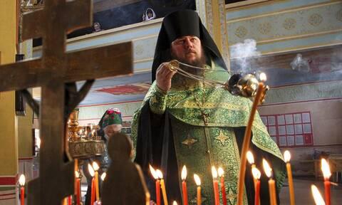 Ρωσία: Όλο και πιο κοντά ο υποχρεωτικός εμβολιασμός των κληρικών
