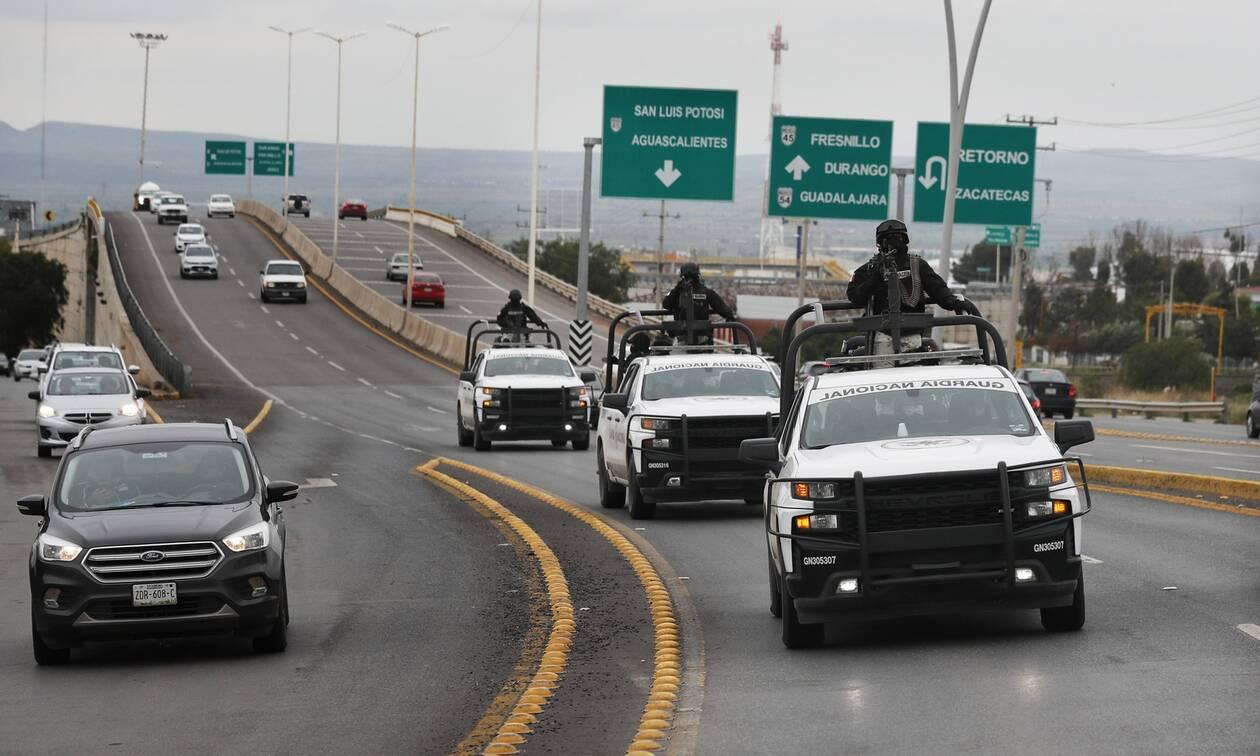 Μεξικό: Τέσσερις νεκροί σε ανταλλαγή πυρών στα σύνορα με τις ΗΠΑ - Μαίνεται ο «πόλεμος των καρτέλ»