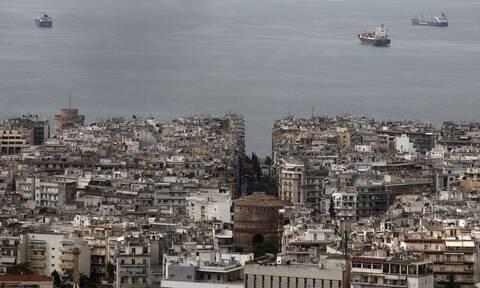 Κορονοϊός - Θεσσαλονίκη: Συναγερμός στις υγειονομικές αρχές - Ραγδαία αύξηση των κρουσμάτων