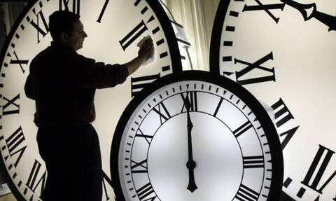 Πότε αλλάζει η ώρα - Πότε θα γυρίσουμε τα ρολόγια μια ώρα πίσω