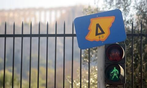 Επιστρέφει ο Δακτύλιος στην Αθήνα: Πώς θα κυκλοφορείτε ελεύθερα, τα όρια και τα πρόστιμα