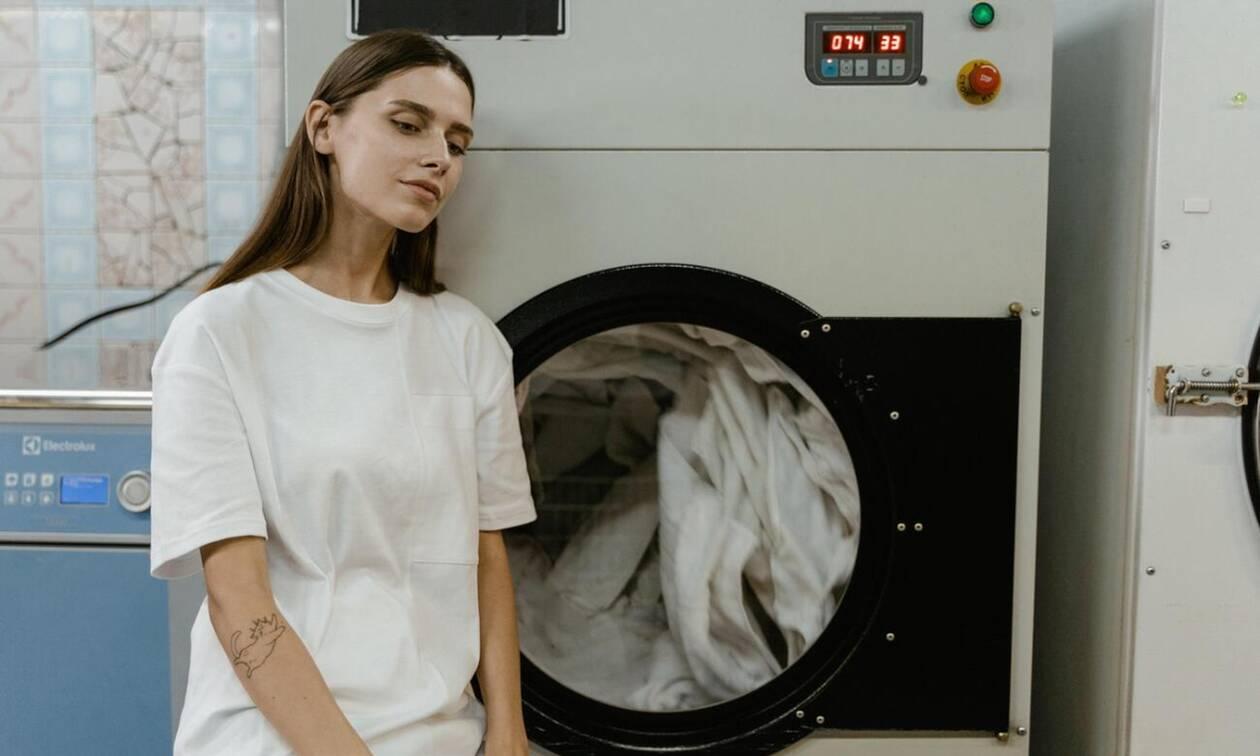 5 ρούχα που δεν πρέπει ποτέ να βάλεις στο πλυντήριο