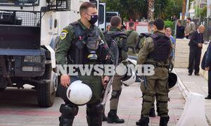 Πέραμα:Έκρυθμη κατάσταση! Συγκέντρωση Ρομά και αντιεξουσιαστών για το θάνατο νεαρού από αστυνομικούς