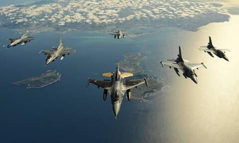Συνεχίζει τις προκλήσεις η Τουρκία – Υπερπτήσεις από F-16 πάνω από Ανθρωποφάγους και Μακρονήσι