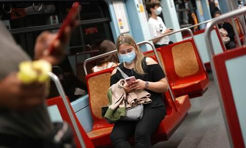 Κορονοϊός: Πότε είμαστε πιο μεταδοτικοί – Οι κρίσιμες ημέρες