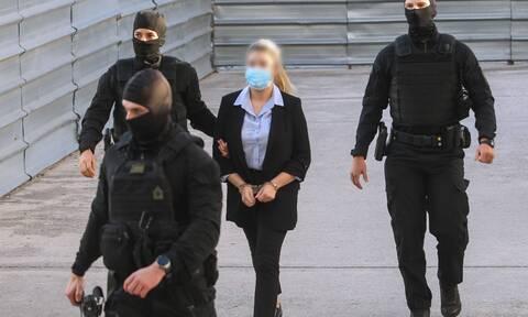 Δίκη για βιτριόλι: Αιτήθηκε το ελαφρυντικό του πρότερου σύννομου βίου η Έφη Κακαράντζουλα