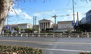 28η Οκτωβρίου: Κυκλοφοριακές ρυθμίσεις σε Αθήνα, Πειραιά – Αλλαγές και σε Μετρό, Τραμ, Λεωφορεία