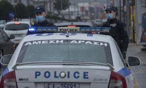 Ζεφύρι: Άγνωστοι έστησαν ενέδρα σε περιπολικό