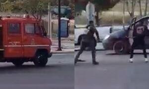 Βίντεο-σοκ: Η στιγμή της επίθεσης Ρομά σε πυροσβεστικό όχημα - Έκλεψαν και τραυμάτισαν πυροσβέστη